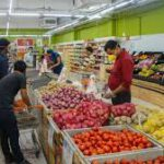 This is how coronavirus could spread in a grocery store